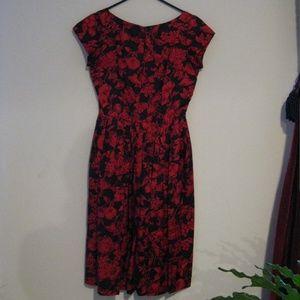 Dresses & Skirts - Vintage Romantic Floral Dress Sz 6ish